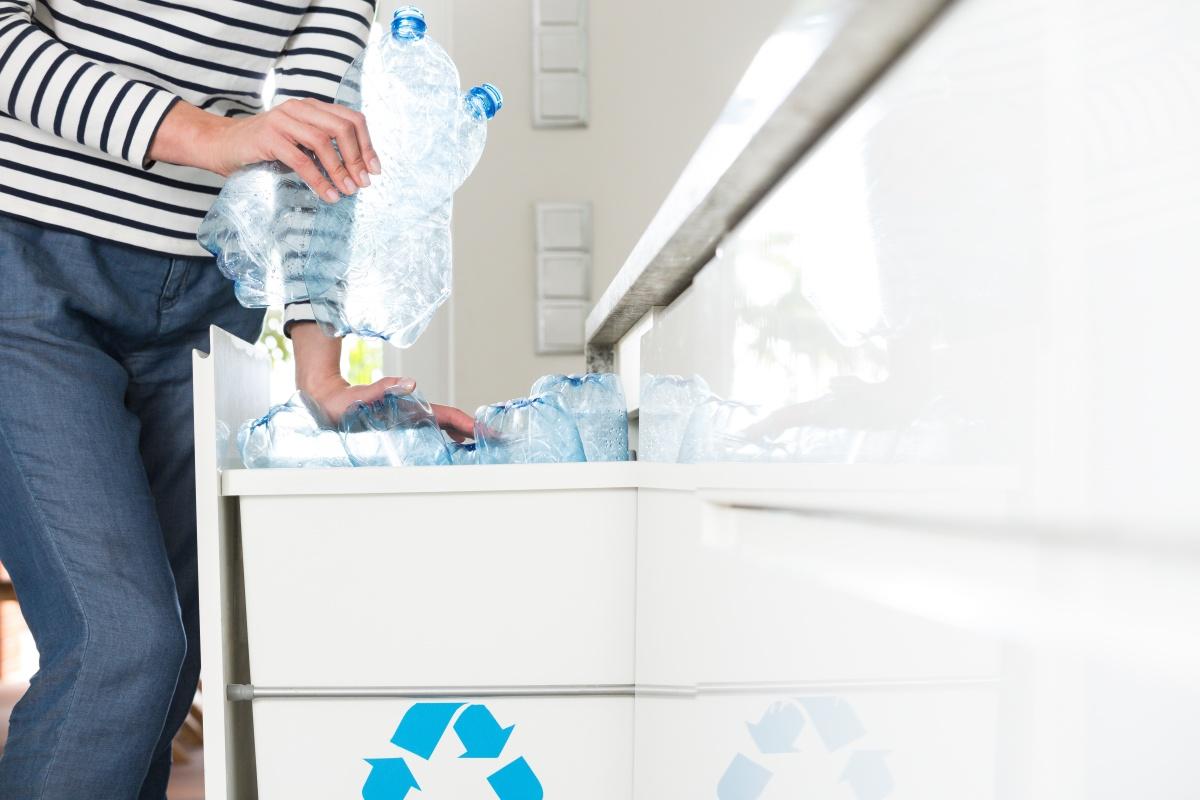 Folosirea si reciclarea de plastic